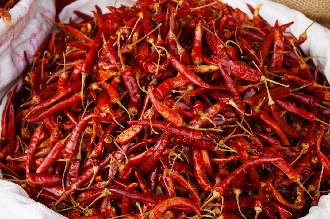 Simple Ways To Amp Up Your Spicy Food Tolerance
