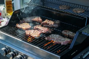 Infrared Grill Vs. Gas Grill: BBQ Showdown
