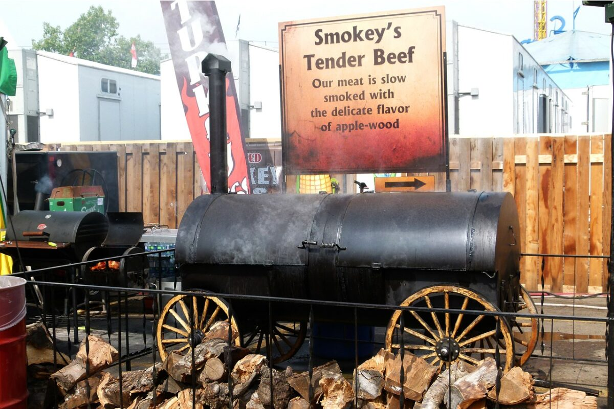 smoking vs grilling