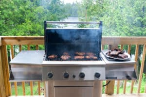 Pellet Grill Vs. Gas Grill: BBQ Showdown