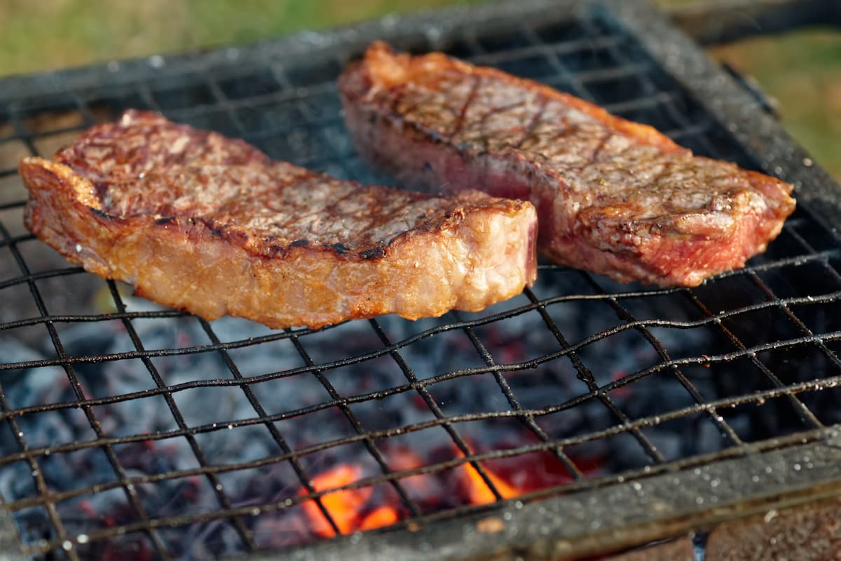 Striploin Vs. Sirloin: BBQ Showdown